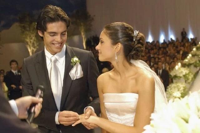Kaka kết hôn với cô bạn gái từ thủa nhỏ, Caroline Celico