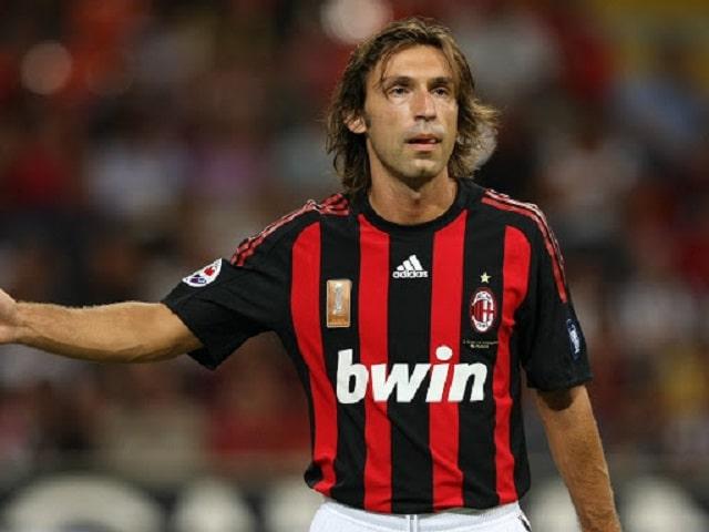 Andrea Pirlo khi thi đấu cho AC Milan