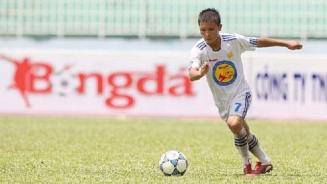 Tuổi thơ cảu cầu thủ Nguyễn Quang Hải