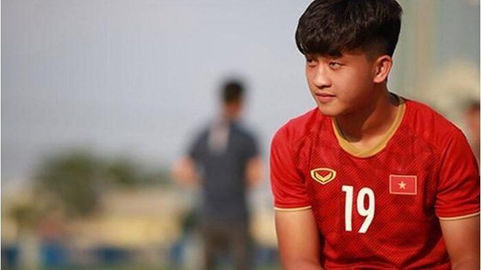 Tiểu sử Trần Danh Trung - Cây săn bàn trẻ tuổi gốc Huế của U22 Việt Nam