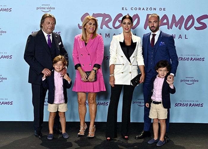Bố mẹ, anh chị của Sergio Ramos