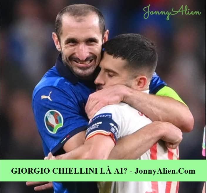 Giorgio Chiellini và Alba trong trận bán kết EURO 2020
