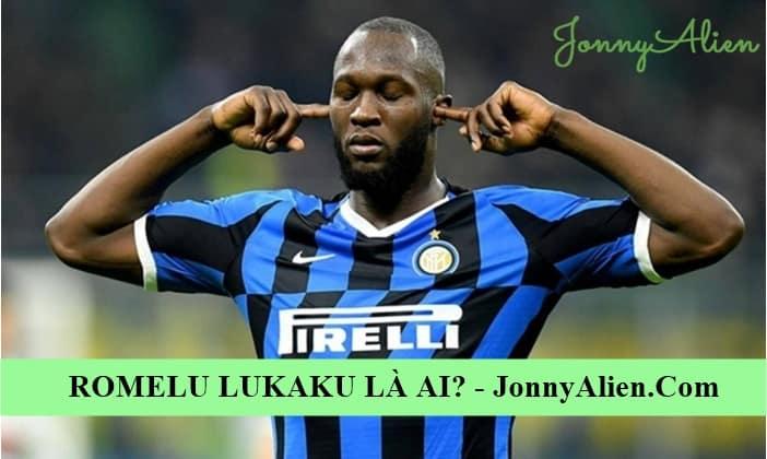 Romelu Lukaku từng bịt tay trước CĐV Inter vì bị chỉ trích từ đầu trận đấu